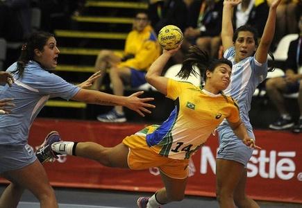 Argentina y Brasil alargaron definición en balonmano femenino