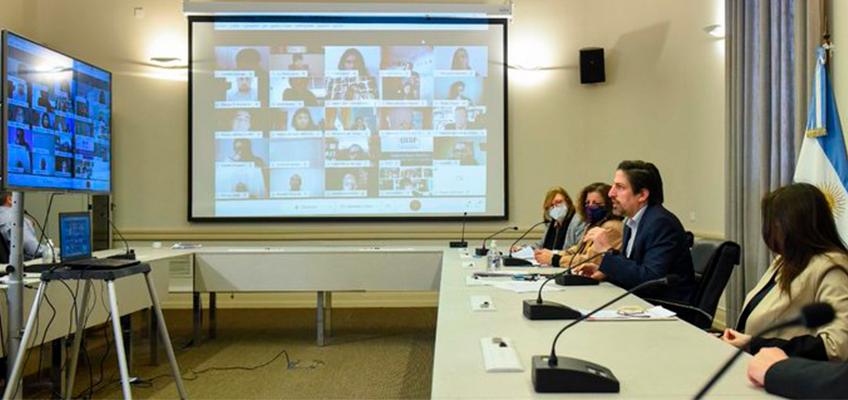 Se conformó la Mesa Consultiva Nacional del programa ACOMPAÑAR: Puentes de igualdad